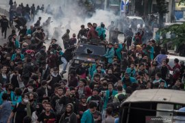 Polisi mengamankan 296 pelajar yang hendak mengikuti demonstrasi