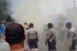 Diduga penyusup, Polres Situbondo amankan tiga pemuda dalam unjuk rasa