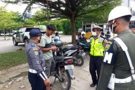 Perempuan yang amuk petugas Operasi Yustisi dilaporkan ke polisi, kejaksaan ikut lapor