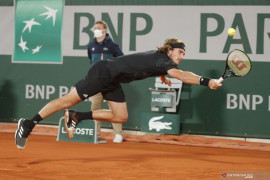 Juara final ATP  Tsitsipas mundur dari Saint Petersburg Open