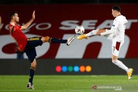 Cedera lutut, Sergio Busquets dipastikan absen saat kontra Jerman