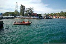 Tim SAR Namlea cari dua awak KMP Sinar Galesong di perairan Manipa
