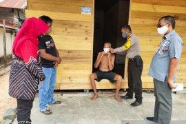 Disiplinkan warga pakai masker