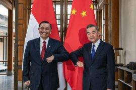 Luhut Pandjaitan bertemu Menlu China bahas kerja sama hadapi COVID-19