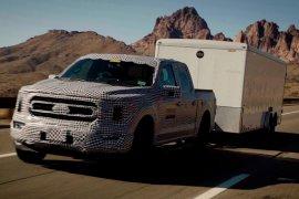 Ford uji mobil pikap F-150 hybrid