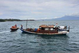 Dua awak KLM Sinar Galesong ditemukan selamat di perairan Pulau Manipa