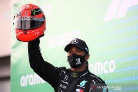 Hamilton mengaku lebih fokus kejar titel, bukan kontrak baru dengan Mercedes