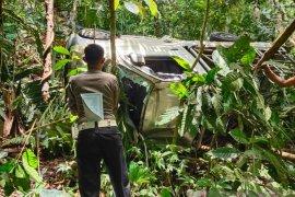 Mobil masuk jurang sedalam 20 meter, penumpang meninggal