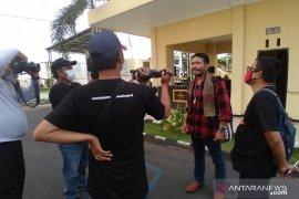 Polresta Banyuwangi periksa aktivis antimasker