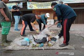 Pjs Bupati Madina intensifikasi pengangkutan sampah di Panyabungan