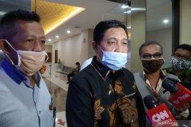 Pengacara petinggi KAMI Syahganda bantah adanya percakapan grup WA bahas aksi demo