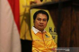 Azis Syamsuddin: Setjen DPR tidak cetak draf UU tapi pakai e-parlemen