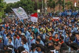 Stafsus Menaker Dita Indah Sari: UU Cipta Kerja tetap akomodasi buruh