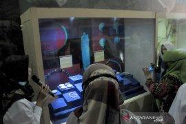 Belajar bersama di Museum Taman Purbakala Kerajaan Sriwijaya Page 3 Small