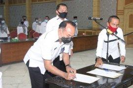 ASN Tanjabbar teken ikrar netralitas pada Pilkada 2020