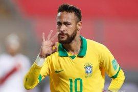 Neymar lampaui catatan gol Ronaldo