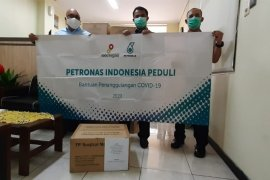 Pemkab Gresik terima bantuan masker dari perusahaan Malaysia