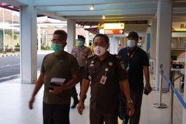 Kejari Badung bersama Kejari Jakarta Pusat tangkap DPO kasus korupsi