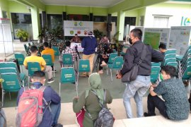 Kasus positif COVID-19 di Kabupaten  Karawang meningkat hingga 1.046 kasus