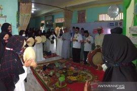 Ibnu-Arifin disambut istimewa warga Banua Anyar