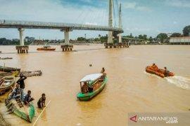Seorang bocah tenggelam saat berenang dekat Jembatan Gentala Arasy Sungai Batanghari