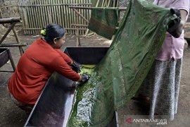 Produksi batik tulis Pasiran