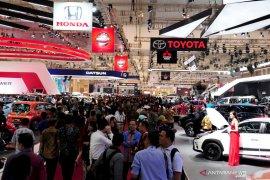 Gaikindo tunda pameran otomotif Jakarta Auto Week jadi awal 2021