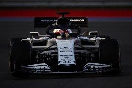Tsunoda akan menjalani debut tes F1 bersama tim AlphaTauri di Imola