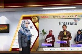 Lintasarta raih penghargaan GRC dari Majalah Top Business
