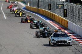 CEO Daimler tetap berkomitmen di F1, usahakan pangkas biaya