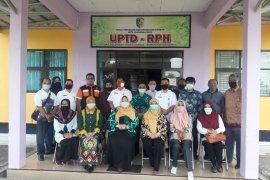 Kunker Komisi II  ke  Palangkaraya ingin adopsi pengelolaan RPH
