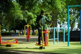 Pemkot Pontianak lengkapi taman kota dengan alat olahraga