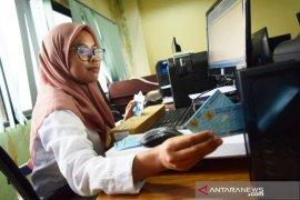 Sembilan ribu pemilih Pilkada Karawang belum punya e-KTP