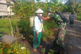 Kemanunggalan TNI di Kecamatan Pulau Hanaut ciptakan keharmonisan