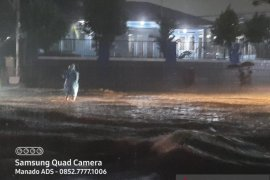 Hujan mengguyur, Manado banjir lagi