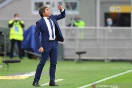 Liga Italia - Tidak terima timnya kalah, Pelatih Inter Antonio Conte sebut AC Milan beruntung
