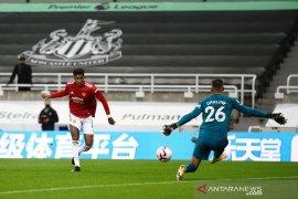 Liga Inggris -  Manchester United  bantai Newcastle 4-1  berkat kesuburan 10 menit akhir
