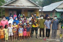 Kapolres Bangka Barat pantau TPS terjauh di Kecamatan Kelapa