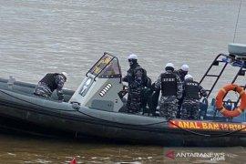 Lanal Banjarmasin amankan perairan saat unjuk rasa