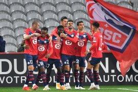 Lille tuntaskan sembilan pemain Lens untuk ambil alih puncak klasemen
