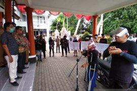 Kaum disabilitas Situbondo gelar aksi tolak UU Cipta Kerja