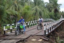 Warga mulai manfaatkan jembatan hasil TMMD untuk angkut hasil kebun