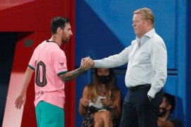 Ronald Koeman bantah klaim Quique Setien soal Lionel Messi sulit diatur