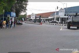 Jelang kedatangan PM Jepang Suga, jalan di seputar Istana Bogor steril