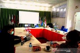KPU Tapsel dan Paslon ikuti webinar nasional Pilkada berintegritas dengan KPK