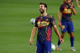 Pique termasuk empat pemain Barca yang diperpanjang  kontraknya