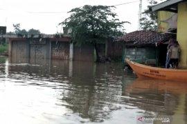 BPBD minta warga Bandung siaga banjir antisipasi air sungai Citarum yang mulai naik