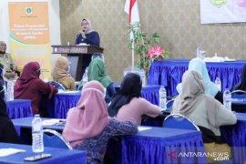 Ade Yasin ingin perempuan Bogor 'melek' politik