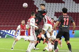 Liga Champions - Liverpool curi poin penuh dari Ajax berkat gol bunuh diri Nicolas Tagliafico