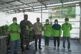 Ubaya bantu petani Trawas berdayakan produk unggulan selama pandemi